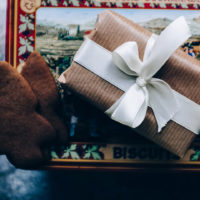 Wonder and Beauty: 5 Christmas Gift Suggestions for 2020