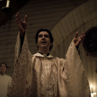 """Horror and Catholicism: Hounds of Hell Show Up for """"Midnight Mass"""""""